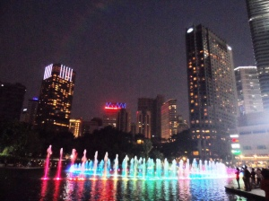 The 8pm fountain show at Petronas Complex.