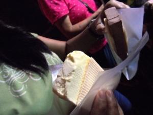 ice cream sandwich for 1 SGD