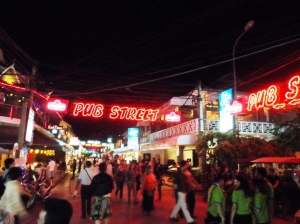 Pub Street has vibrant nightlife but the shops here are quite pricey.  Better to shop at Angkor Night Market a few blocks away.