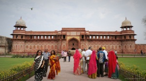 Locals paying homage to the Palace of Agra fort
