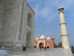 Back side view of Taj, Showing the Mosque at the right .