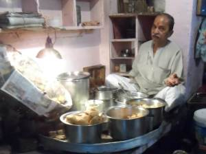 A food stall at Chandi Chowk, Delhi