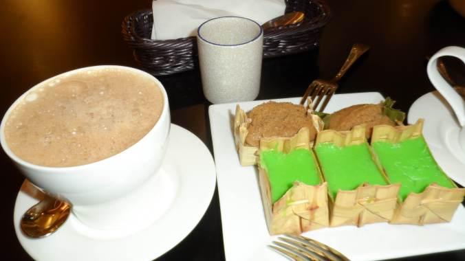 sticky cake snack. like pandan flavored maja blanca