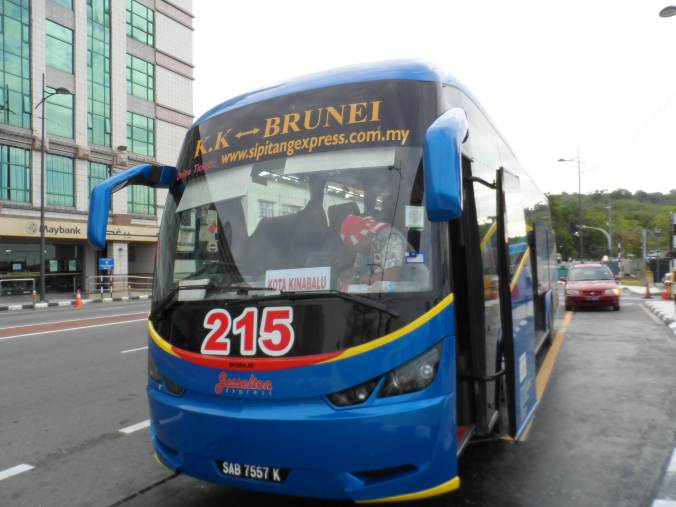 Jesselton Bus, The only direct bus from BSB Brunei to Kota Kinabalu , which travels daily at 7 am .