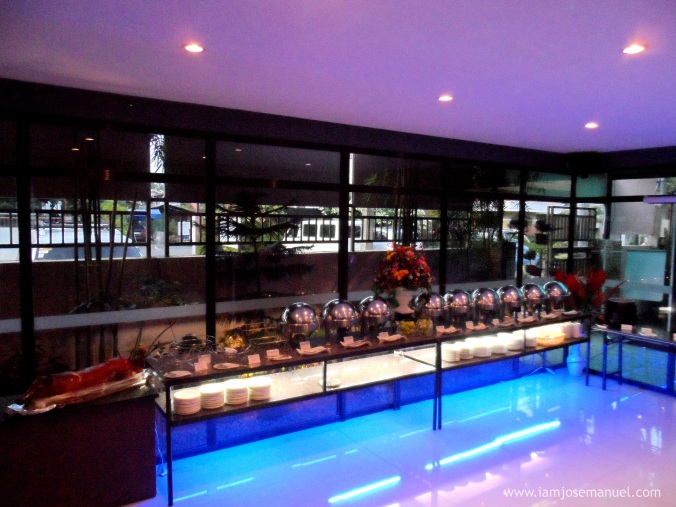 helens kitchen buffet area