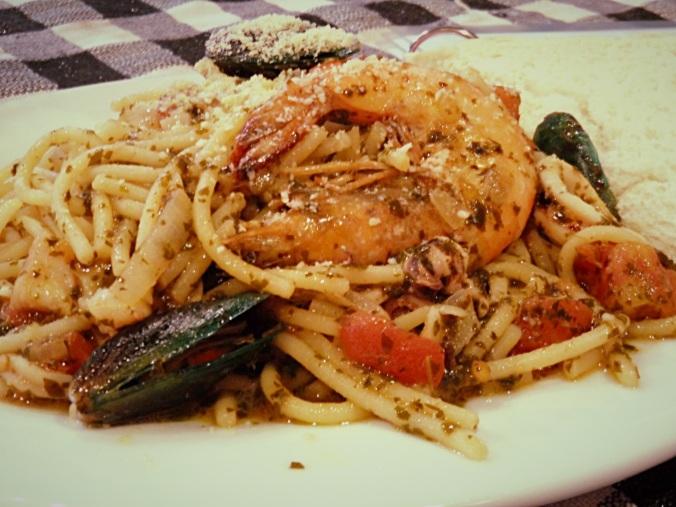 ilocosNorte32_johnny's pasta