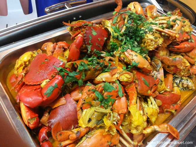 A Sumptuous feast of Crab and Shrimp, served buffet style, concludes the