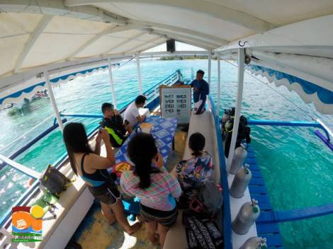 Our fully equipped boat around Samal and Talikod Island